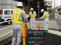 安全で美しい街づくりのために、同社の技術者は日々「電線共同溝」の整備を進めています。