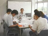 http://iishuusyoku.com/image/社員教育の様子です。入社してから座学やOJTを通じて経験を積んでいっていただきます。