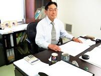 https://iishuusyoku.com/image/「オモシロイ仕事しかしない」と、モノづくりのこだわりを語る社長。自動車、船舶、電車、食品など、特殊なところに貢献!