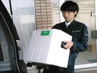 http://iishuusyoku.com/image/ご注文いただいたお客様宅へお届けして設置や使用方法についての説明も大切な仕事のひとつです。製品アドバイザーとして親切丁寧な対応をお任せします!