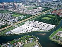危険品の倉庫としては、アジアでも最大規模の千葉物流センター。その大きさは東京ドーム1.5個分。
