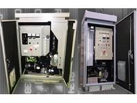 https://iishuusyoku.com/image/全国の交通信号機をはじめ道路情報板、CCTVカメラ、気象観測装置など幅広い重要機器に活躍している、独自製品の小型自動発電装置。