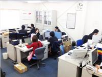http://iishuusyoku.com/image/オフィス風景。社員の3分の2は20代!まだまだこれから。みんなで力を合わせて会社を創っていきましょう!