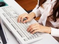 大学入試システムやアパレル関連システム、IT機器販売、リサイクルなどITに関する幅広い事業を展開するIT企業です。