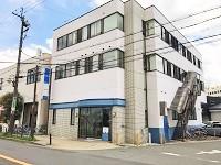https://iishuusyoku.com/image/大阪支社は、御堂筋線・南北線「江坂」駅から徒歩圏内。グループ会社とビルが同じなので、情報共有もスムーズです。