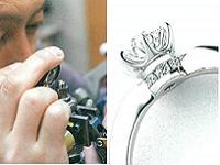http://iishuusyoku.com/image/世界初の「Novia210面カット」のダイヤモンド。さまざまな角度からの緻密な計算と優れた技術によって仕上げていきます。