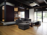 https://iishuusyoku.com/image/伝統ある旧家の風情を残したまま、間取りや設備を一新。築100年、200年の旧家の歴史と趣は、そのまま次代へと受け継ぐ「旧家リフォーム」。