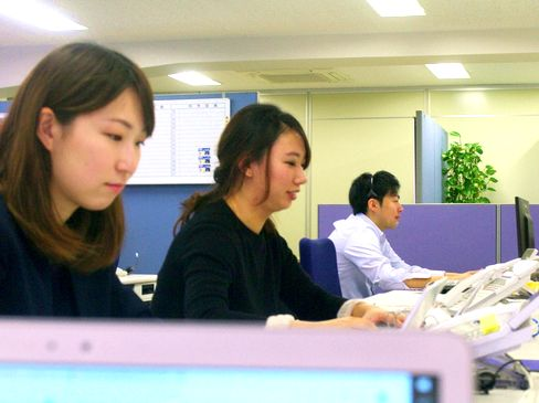 http://iishuusyoku.com/image/勉強会・資格手当が充実!社員全員が向上心を持ち、お互いに知識やスキルを高めあえる社風が同社の魅力です。わからないことは先輩がしっかりとサポートする風土が浸透しています。
