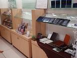 http://iishuusyoku.com/image/法人・個人向けの手帳をはじめ、家計簿やアドレス帳、郵便局で売っているような3Dカード、かわいい形をしたポーチなども手掛けています。