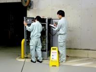 機械、システムを理解していただくため、保守技術部での現場研修(1週間程度)を用意しています。