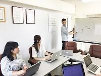 https://iishuusyoku.com/image/「こんな機能を追加したらもっと便利!」「この機能を改善しよう!」など、アイデアを出し合います!