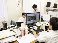 https://iishuusyoku.com/image/お客様、自社設計スタッフと綿密な打ち合わせを重ねてデザインしていきます。コミュニケーションこそが大事な仕事です。