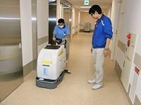 http://iishuusyoku.com/image/現場スタッフさんとのコミュニケーションも、エリア業務マネージャーの重要なお仕事の一つです!