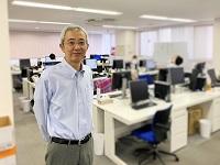https://iishuusyoku.com/image/「じっくり時間をかけて育てていきますので、未経験でも安心してください」と語る、優しい笑顔が印象の社長。