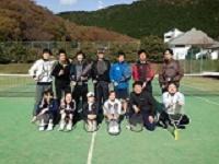 M社にはテニス・フットサル・野球など多彩な同好会があり、それぞれ活発に活動を行っています!