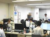 http://iishuusyoku.com/image/若いスタッフにもどんどん仕事を与えていくのが同社のやり方。もちろん、状況に応じて先輩から心強いアドバイスがあります!