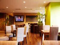 新しく綺麗なオフィスに、毎日多くの求職者が就職相談に来社されます。
