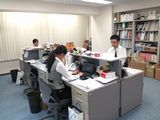 https://iishuusyoku.com/image/オフィスの様子です。数年前に移転したばかりですので、キレイなビルで働けますよ☆