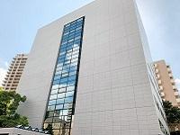 IT企業が集まる五反田にある同社の本社オフィス。山手線からも見える、立派できれいなオフィスビルです。