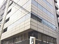 もちろん「浅草」にある本社オフィス。浅草駅から歩いてすぐ。浅草好きには、たまらない立地にあります!