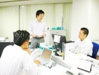 社員同士仲が良い!仕事の後の一杯を楽しんだり、東京マラソンに参加したり。アットホームな不動産会社です。