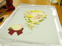 https://iishuusyoku.com/image/一つひとつ、独自技術を用いて手作業で、押し花・ドライフラワーに加工していきます。