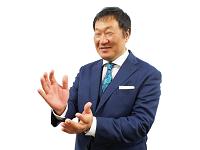 http://iishuusyoku.com/image/国内外出張に加え、商談や会食と大忙しの社長ですが、プライベートでも休むことなく、釣りにゲームにアニメ鑑賞…と大忙し。
