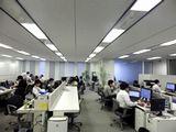 http://iishuusyoku.com/image/広々とした快適なオフィス。客先常駐が少なく、受託開発がメインなので、社員同士の絆も自然に強くなります。