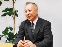 https://iishuusyoku.com/image/企業よりも社員の成長や生活の充実を優先させたいと語る代表取締役。