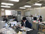 http://iishuusyoku.com/image/オープンなオフィスになっているので、分からないことは近くの先輩社員に気軽に聞くことができる環境です。
