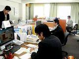 https://iishuusyoku.com/image/土日祝休みで年間休日120日以上!休日はしっかり取れますので、オンオフのメリハリをつけて働けます。また転勤もありませんので、関西で腰を据え長く働きたい方にもおすすめです。