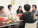 https://iishuusyoku.com/image/チームワークは抜群!何でも話せる雰囲気は同社の魅力の一つです。若手社員も活躍中ですので、活気溢れる社内でのびのびと活躍してくださいね。