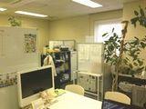 https://iishuusyoku.com/image/同社のオフィスの様子です。平均年齢は約40歳ですが、20代の方も活躍しています。