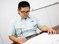 https://iishuusyoku.com/image/「フィールドエンジニア」は、お客さまごとのご要望や課題に合わせた工場全体のプランニング業務を行っていきます。