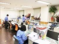 風通しの良い アットホームな職場です。未経験から入社した先輩がたくさんいるので、安心してくださいね。