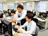 社員同士の仲が良く、コミュニケーションも活発で、チームワーク抜群。のびのびと仕事に取り組める環境です。