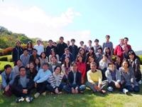 https://iishuusyoku.com/image/年に1度はみんなで社員旅行!社内クラブでは『お花』『フットサル』『株式投資研究』等があり、モチベーション高く活動しています。若手が多くきっと親しみやすいですよ♪