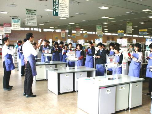 https://iishuusyoku.com/image/開店前の朝礼で全従業員のベクトルを合わせます!