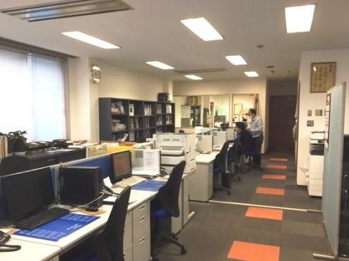 https://iishuusyoku.com/image/同社のオフィスの様子です。働く環境も良好なので定年退職まで働く人が多くいます。