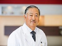 https://iishuusyoku.com/image/グループ代表。新しい取り組みを積極的に推進し、患者・利用者の皆さん中心の医療および介護を提供してまいります。