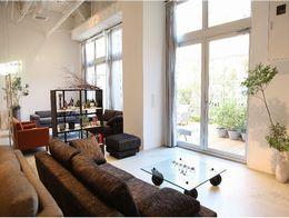 お客様に心から満足していただき、大切な家族と大切な時間を過ごしていただくためのソファを提供します。