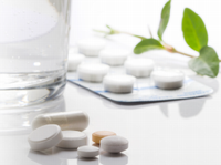 薬を開けたら必ず入っている、添付文書(注意書や説明書のこと)を印刷しているのが同社!日本の医薬品トップメーカーほぼ全てに同社の製品が使用されています!
