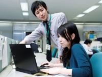 http://iishuusyoku.com/image/金融とITについて高度な専門知識とスキルを有する先輩社員が多く、丁寧に指導してくれます!相談やコミュニケーションも取りやすい社風なので、スキルアップする環境としては最適です。