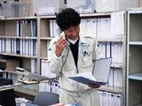 https://iishuusyoku.com/image/工事スケジュールの管理 ・安全の徹底チェック ・業者の方への説明 ・発注 ・お客様との打ち合わせなど業務は多岐にわたり、やりがいの大きい仕事です!