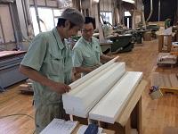 最新設備×熟練職人の手仕上げ技に注目!温もりあふれる一生モノのメイド・イン・ジャパンの家具を創り上げる家具メーカーです。