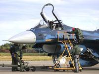 最先端の戦闘機に関する案件も。「飛行機が好き!」「航空機の開発に携わりたい!」などの好奇心やチャレンジ精神が成長の糧となります。