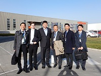 http://iishuusyoku.com/image/同社では、オフィシャルパートナーであるGEA社(ドイツ)に定期的に社員を派遣し、技術会議や研修を行っています。