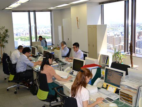 https://iishuusyoku.com/image/同社の営業担当者はほとんど文系出身です。入社後OJTを通じて化学業界や製品の知識を身につけていただきますので、文系出身・業界未経験の方も安心してご応募ください。