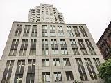 「青山一丁目」駅からすぐのオフィスタワー内なので、通勤も便利。快適な環境で仕事に集中できます。