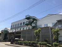 http://iishuusyoku.com/image/1969年の創業以来「いいものつくる小さな会社を誇りにします。」を社是として約50年の歴史と共に真摯に歩み続け、国内外の大手メーカーを取引先に安定経営を続けるアルミニウム装飾部品メーカーです。